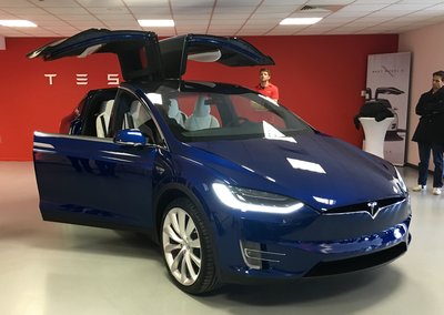 Tesla Model X preview: An SUV without compromise?