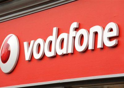 Vodafone customers can charge Google Play apps to their bills, with 90% off