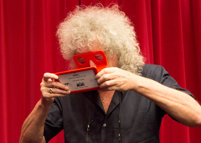 Brian May makes any smartphone VR ready with his Owl Stereoscope