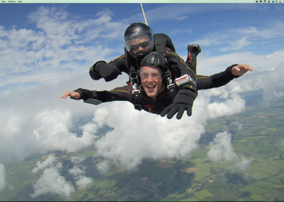 Pocket-lint Adventures: Filming and editing video while sky diving with the TomTom Bandit