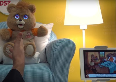 80s kids, rejoice! Teddy Ruxpin is back with LCD eyes and more