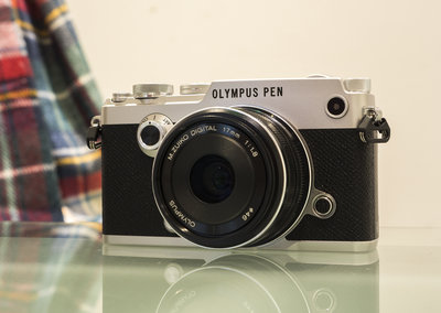 Olympus Pen-F hands-on preview: Stylish like the 60s