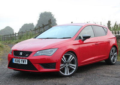 Seat Leon Cupra review: Simmering rather than on-the-boil hot hatch