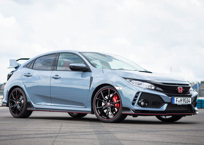 Honda Civic Type R (2017) review: The hot hatch hooligan