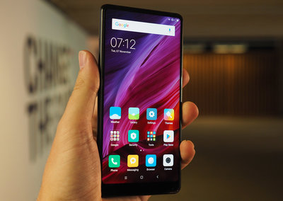 Xiaomi Mi Mix 2 initial review: At €499, this bezel-free marvel could be the end of ultra-pricey flagships