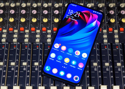 Vivo NEX Dual Display Edition initial review: Twice the fun or double the trouble?