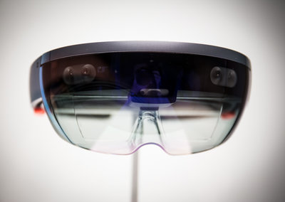 Microsoft said to unveil HoloLens 2 at press event ahead of MWC 2019