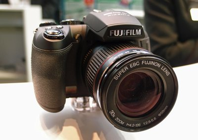 First Look: Fujifilm FinePix HS20EXR