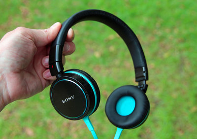 Sony MDR-ZX600 headphones