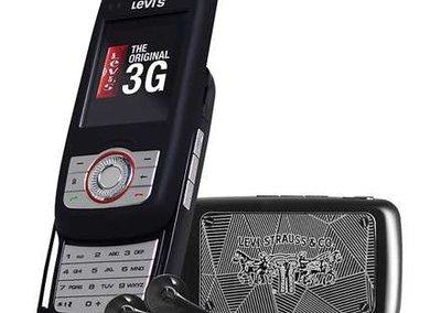 New 3G Levi phone launches