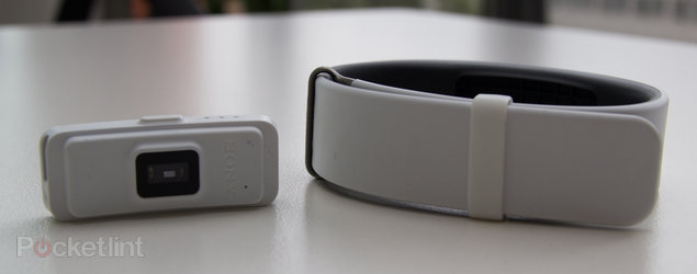 Sony SmartBand 2 hands-on: Putting the heart into lifelogging