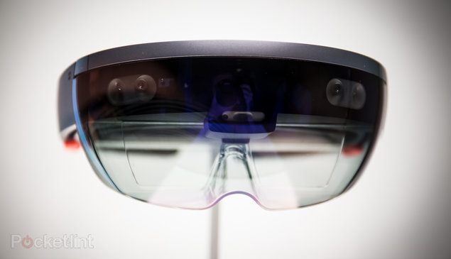 Microsoft might unveil HoloLens 2 at press event ahead of MWC 2019