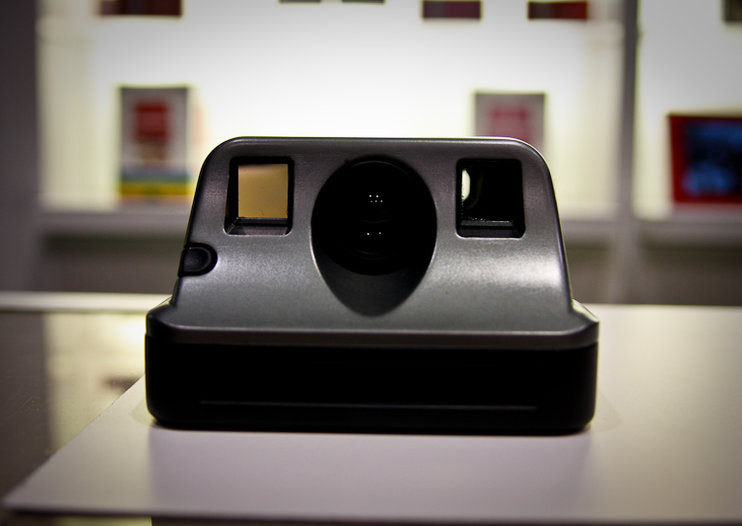 Polaroid returns with the PIC-1000
