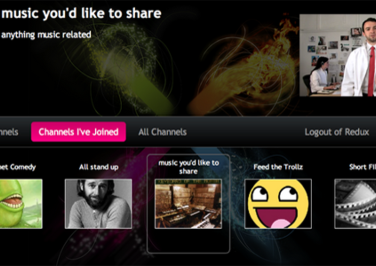 Boxee adds friend-sourced web content