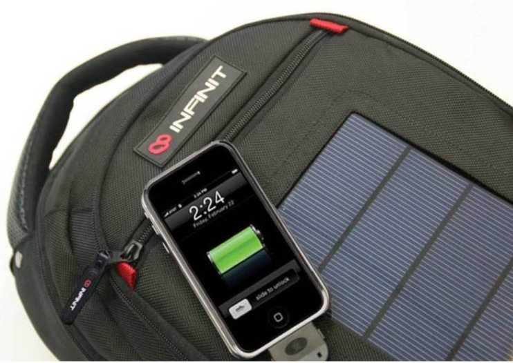 Charge your iPhone with the Infinit Solar Bag