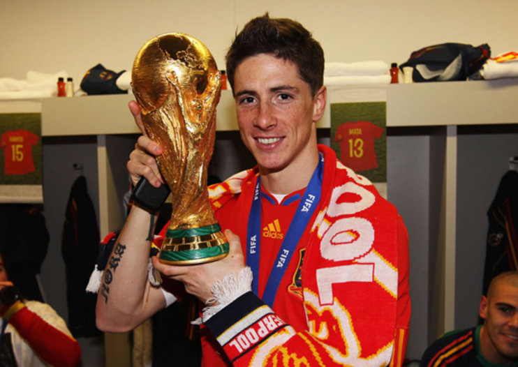 Fernando Torres + World Cup + Liverpool scarf = web record