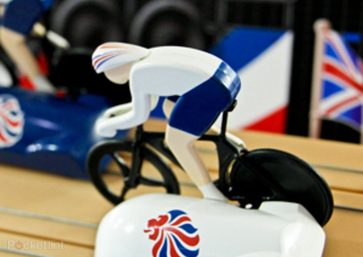 Hornby goes London 2012 Olympics mad with Scalextric Team GB Track Cycling Set