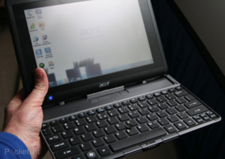 Acer favours the Iconia Tab W500, we go hands-on