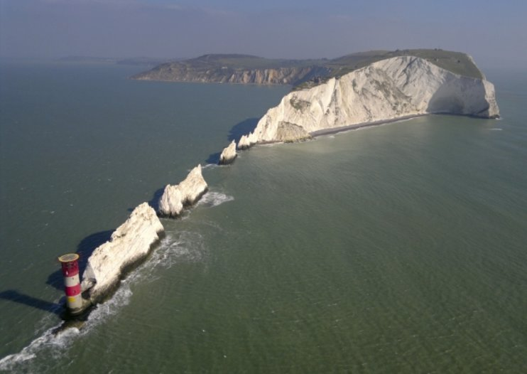 Britain from the Sky - the aerial photographer and the N8