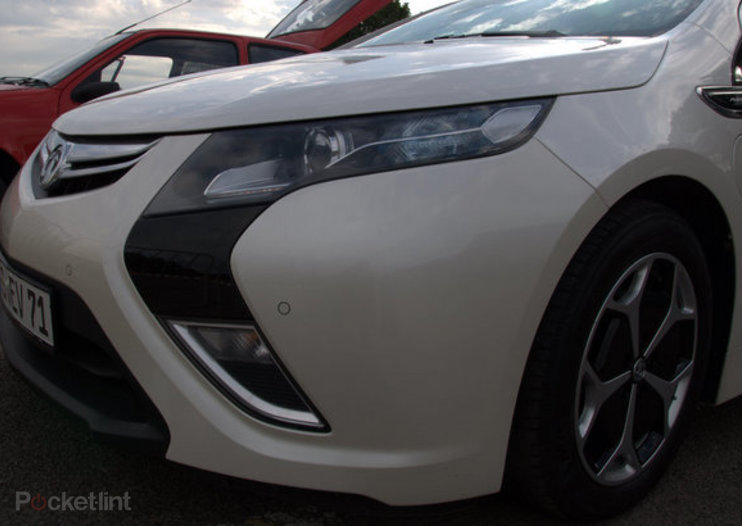 Vauxhall Ampera pictures and hands-on