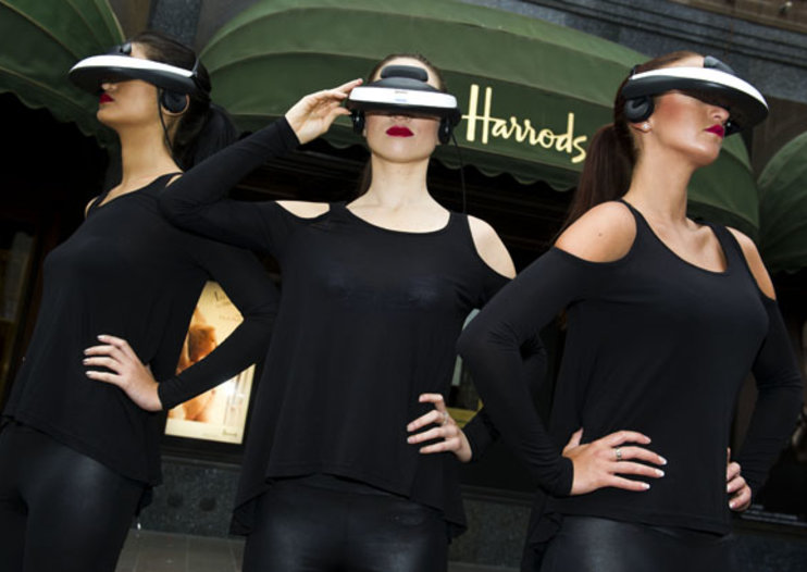 Sony Personal 3D Viewer hits Harrods in London
