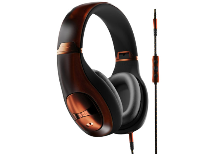 Klipsch Mode M40 noise cancelling headphones: Take to the skies in style