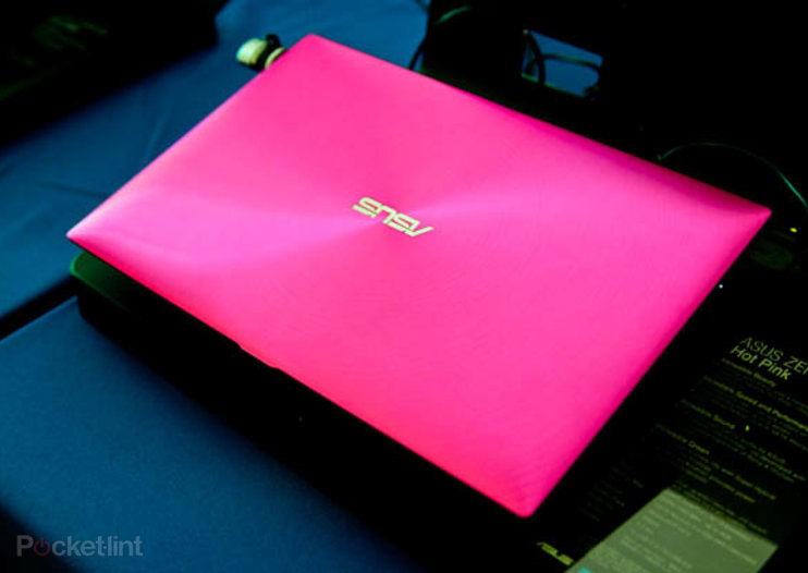 Hot Pink Asus Zenbook UX21 for those who like things bright