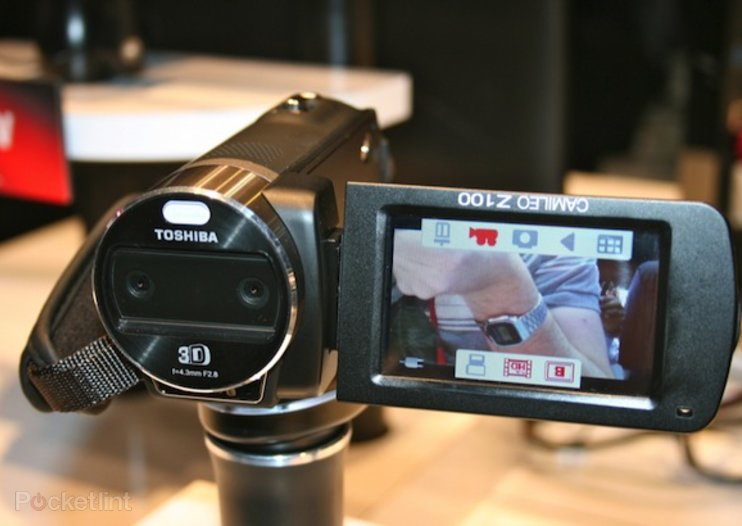 Toshiba Camileo Z100 3D camcorder pictures and hands-on