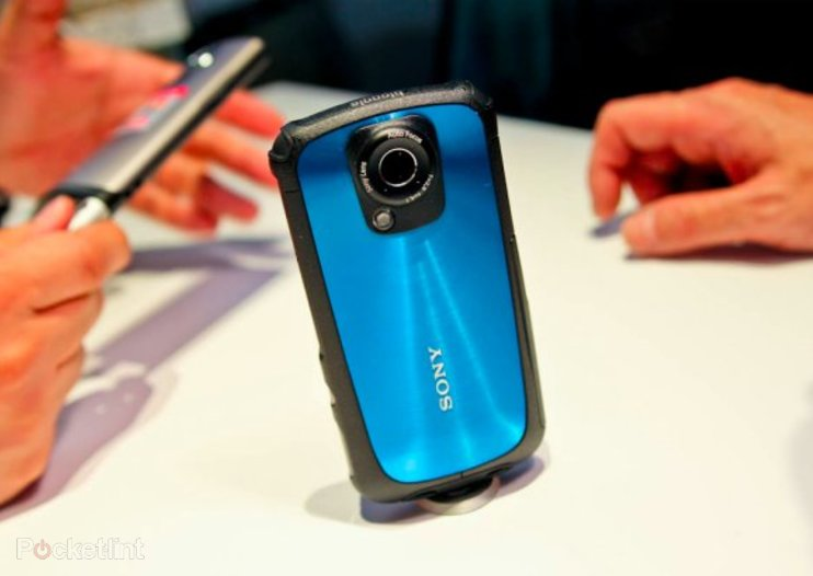 Sony Bloggie Sport pictures and hands-on