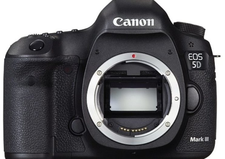 Canon EOS 5D Mark III now official, £3,000 coming March