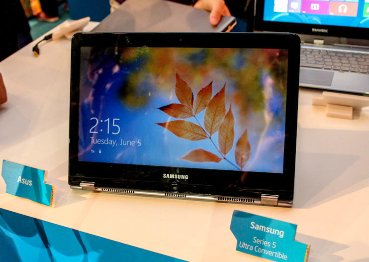Samsung Series 5 Ultra Convertible pictures and hands-on