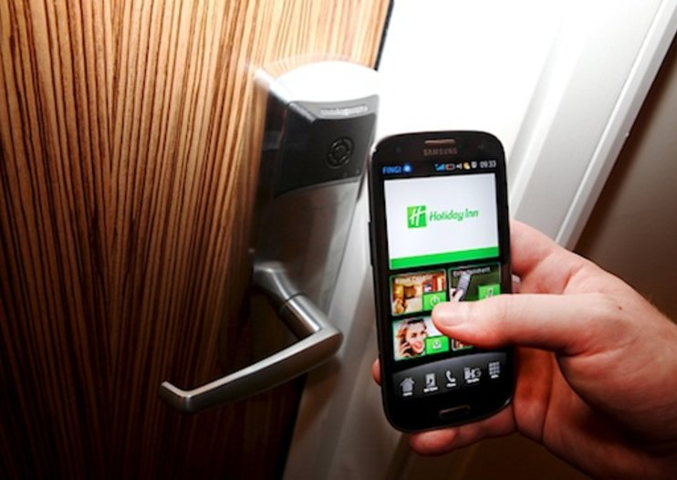 Samsung Galaxy S III Holiday Inn app offers remote hotel Olympic experience