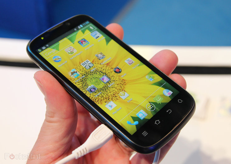 ZTE Grand X IN pictures and hands-on