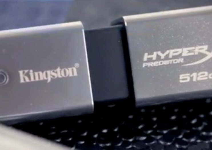1TB flash drive turns your keys into storage haven