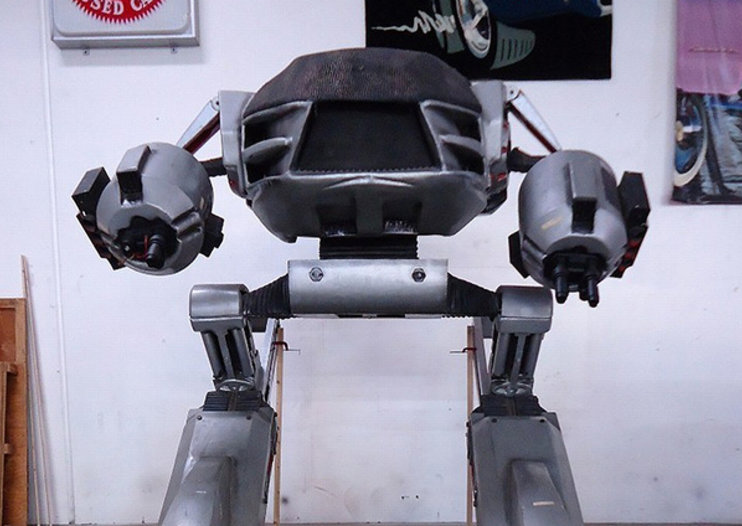 Want to get rid of your boss? Full-size Robocop ED-209 available on eBay