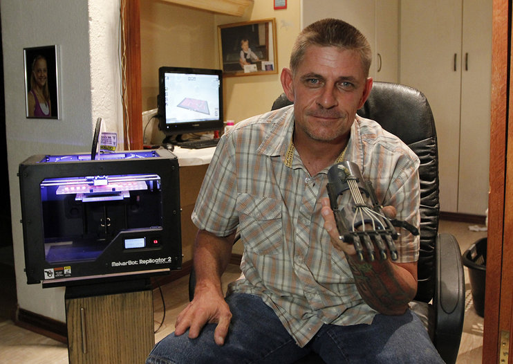 3D printers used to build Robohands to help the fingerless