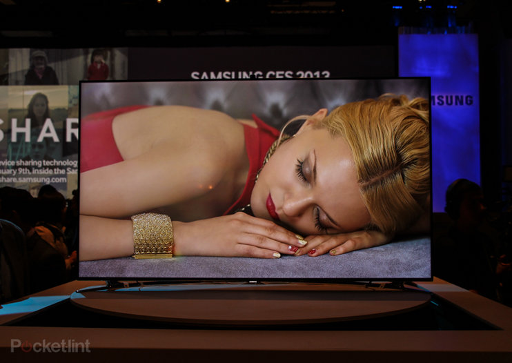 Samsung F8000 LED TV pictures and eyes-on