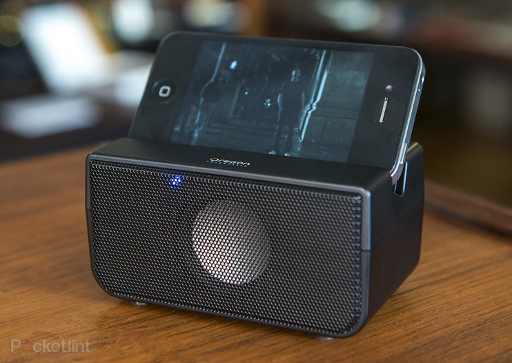 Oregon Scientific Boombero pictures and hands-on: Step up smartphone audio without the wires
