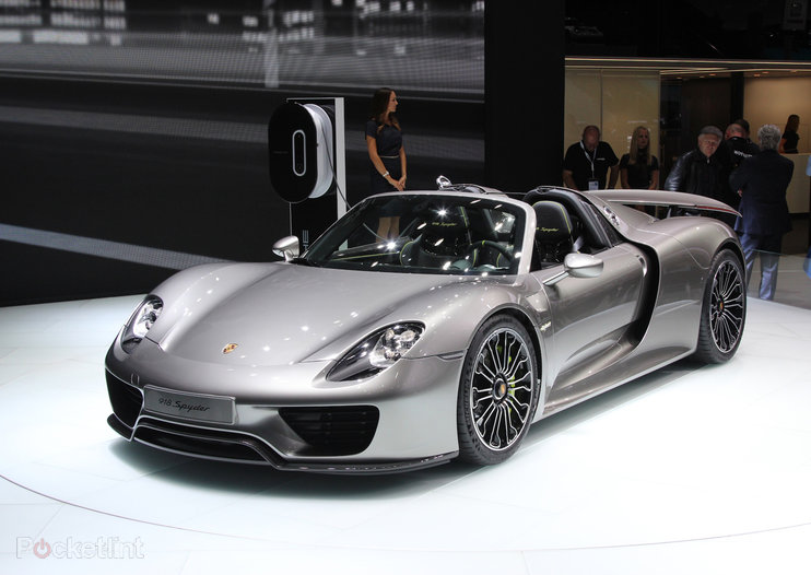 Porsche 918 Spyder pictures and hands-on