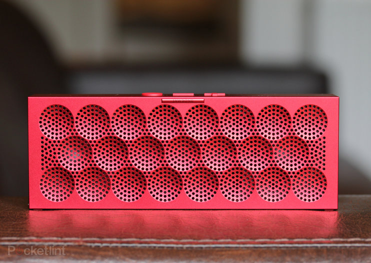 Jawbone Mini Jambox: Big sound, small package (video and pictures)