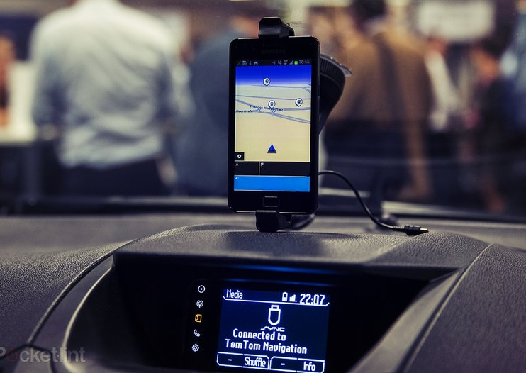 Ford Sync AppLink software upgrade to arrive for 3.4M vehicles in 2014
