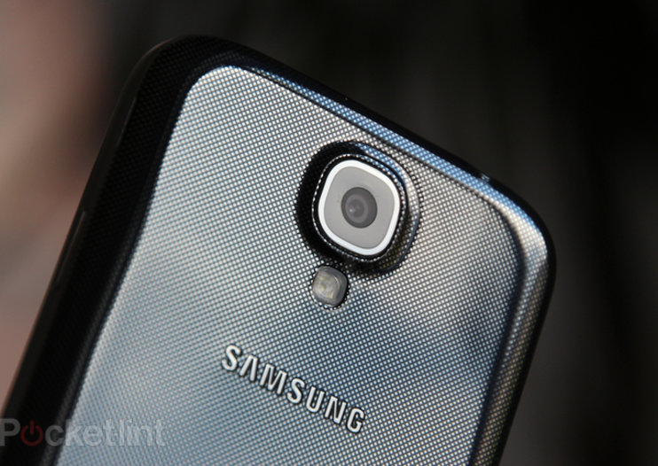 Samsung Galaxy S5 should launch in April with new Galaxy Gear, it may even have an eye-scanner