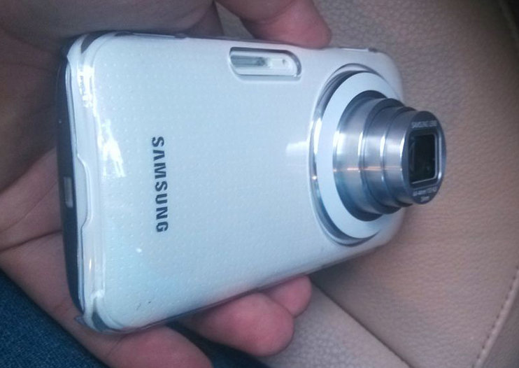 Samsung Galaxy K pictured ahead of announcement again, slimmer than SGS4 Zoom