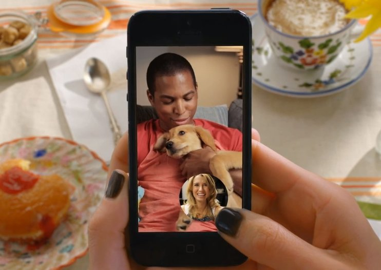 Snapchat video calls let you talk more freely to other Snapchatters