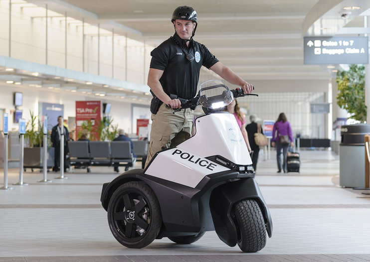 You could soon see US cops riding these, Segway SE-3 Patroller unveiled