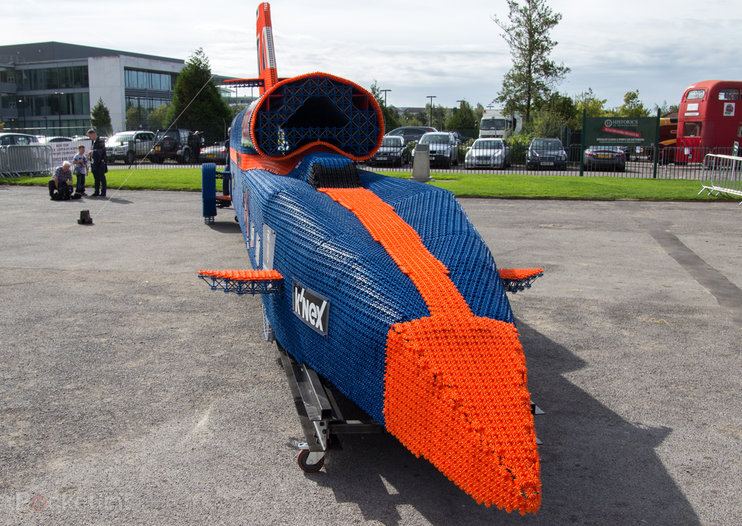 K'Nex Bloodhound claims Guinness World Record; real Bloodhound SSC eyes 1000mph target for 2016