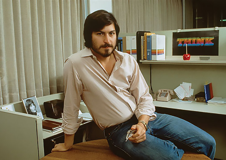 Jobs a good'un, Steve Jobs movie back on as Universal picks up rights after Sony ditched it
