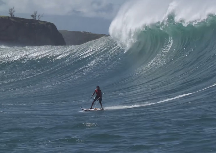 Motorised surfboard maker Jetsurf not on your radar? This video should change that