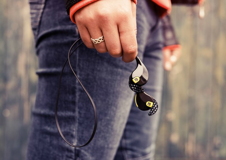 6 reasons we don't hit the gym without MMOVE Bluetooth earbuds
