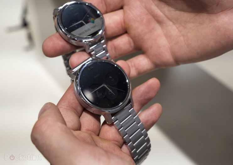 This is the new Moto 360: Two sizes, sleeker design, but still that irksome black bar